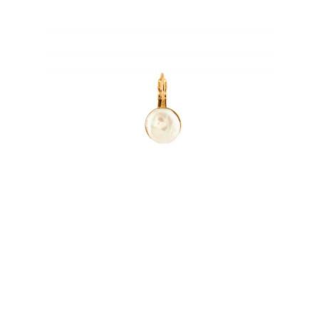 Elegant earrings in golden metal and fresh water pearl | White