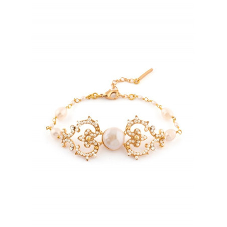 Ethnic bracelet in golden metal and pearly beads   White