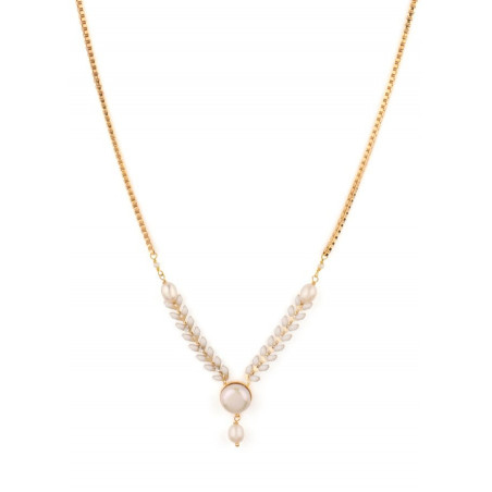 Trendy necklace in golden metal with freshwater pearls | White
