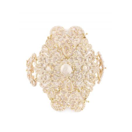 Elegant bracelet in golden metal and coral beads | Red