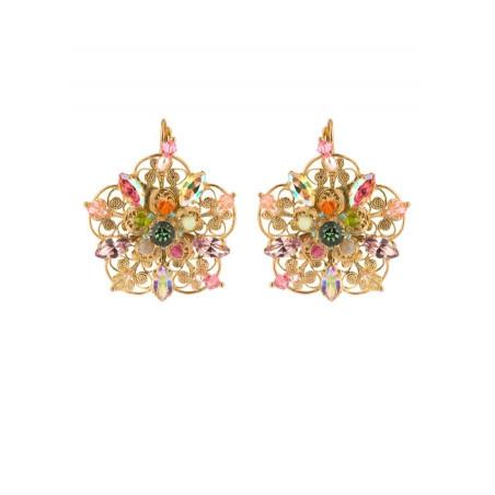 On trend gold metal earrings | Pastel