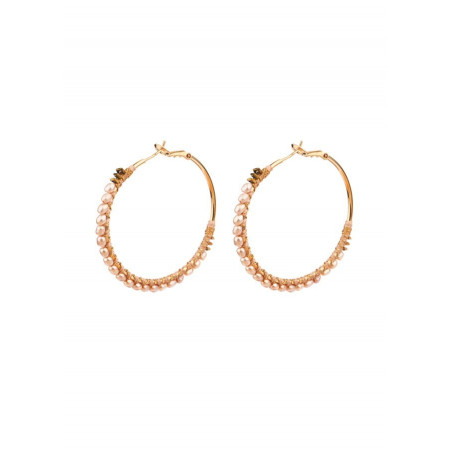 Coloured mother of pearl and hematite hoop earrings | Pink