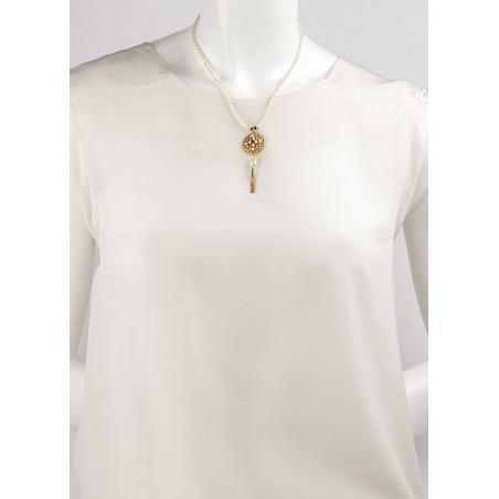 Collier mi-long tendance perles de rivière et grenats | Perle71622