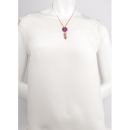 Feminine feather and garnet pendant necklace | pink73310