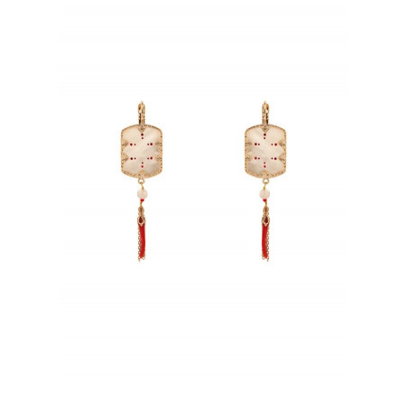 On-trend mother-of-pearl and lacquered metal sleeper earrings l red