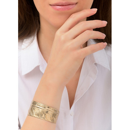 Sophisticated metal adjustable cuff bracelet | gold-plated84490