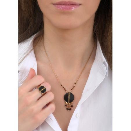 Collier pendentif mystérieux nacre et quartz   noir84802