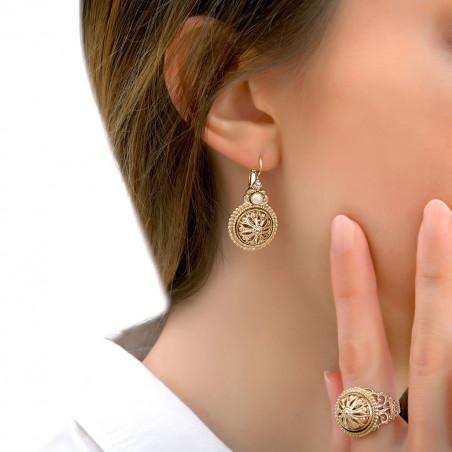 Classic cabochon and Prestige crystal sleeper earrings   white85958
